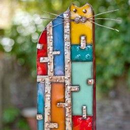 La Hacienda's Tall Cat