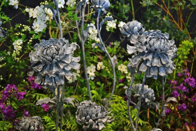 Metal floral artwork