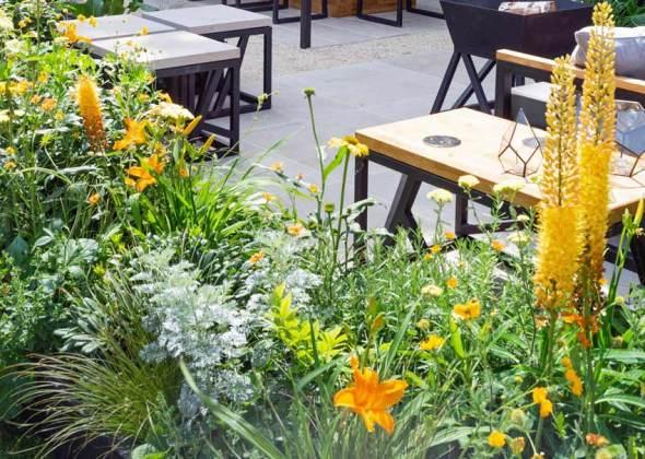 The Landform Garden Bar. Picture; RHS/Neil Hepworth