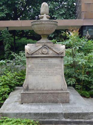 Captain Bligh's tomb