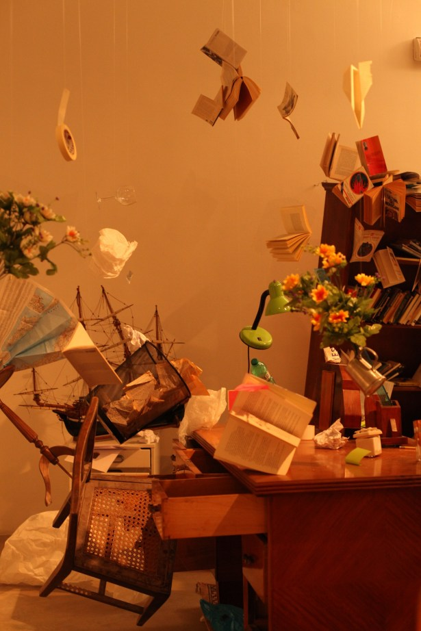 """""""I never understood what ..."""", life-size installation, various materials, variable dimensions (detail)"""