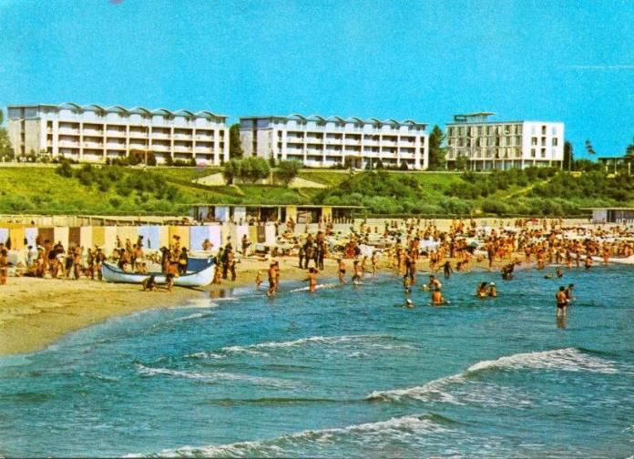 Mangalia-plaja-cu-solar-1970