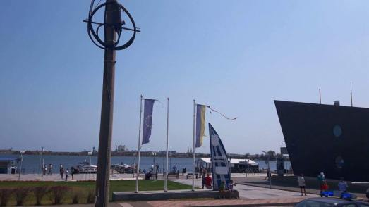 drapelul-Romaniei-port-turistic-Mangalia2