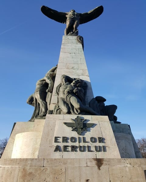 Ziua Aviatiei Romane Monumentul Aviatorilor