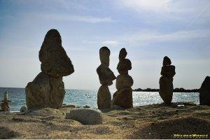 Valerian Şarînga: <br> Urmele celei mai recente civilizații turistice, poposită pe una din plajele de la 2 Mai…
