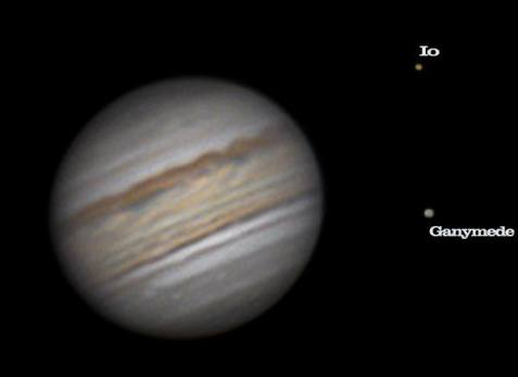 Jupiter cu satelitii Io si Ganymede 30.06.2019 ora 1_00.telescop 304-1200 camera Zwo ASI224 cu ADC si barlow3x