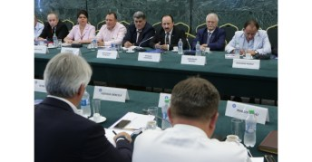 Întâlnirea membrilor Guvernului cu reprezentanții Confederației Patronatului Român4