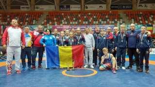 Clubul Sportiv Poseidon Avem două Campioane Balcanice la Lupte8
