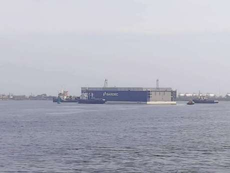 DSMa newbuilding project a 3000 tons lifting capacity floating dock1
