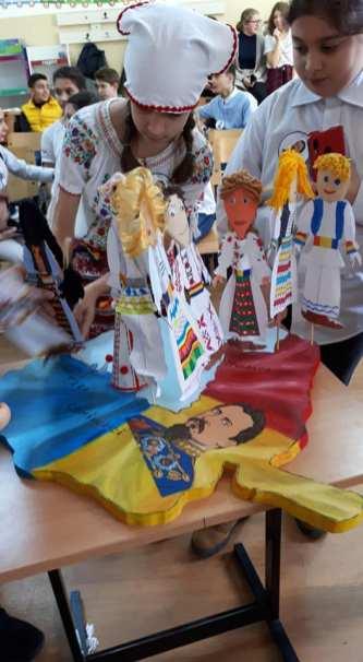Unirea Principatelor Române sărbătorită de elevii Școlii Gimnaziale Sf Andrei din Mangalia-04