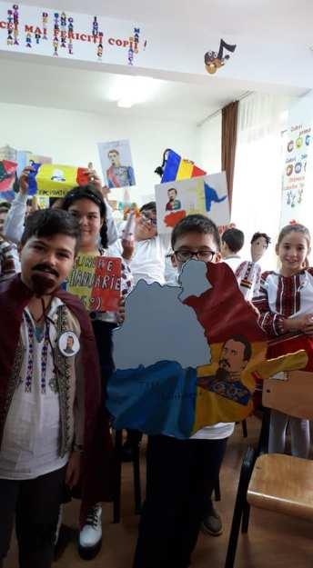 Unirea Principatelor Române sărbătorită de elevii Școlii Gimnaziale Sf Andrei din Mangalia-08
