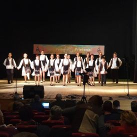 Ansamblul Folcloric ZESTREA Mangalia-Fagaras9