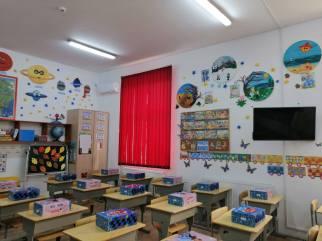 Limanu - 600 de copii incep scoala cu rechizite noi-05