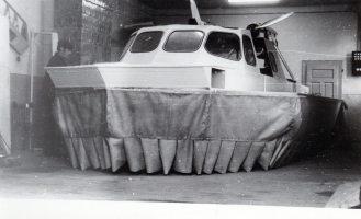 hovercraft - nava pe perna de aer Galati atelier