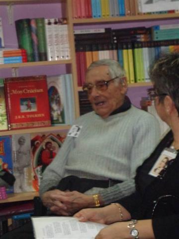 Seara Eminescu la Bookstore&Tea-04 (Small)