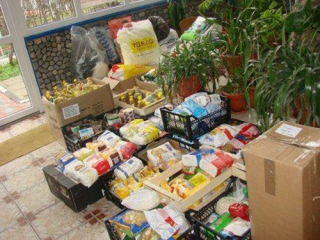 Voluntariat Si tu poti darui martie 2014-01