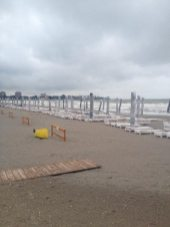 dupa-furtuna-pe-plaja-adras-03
