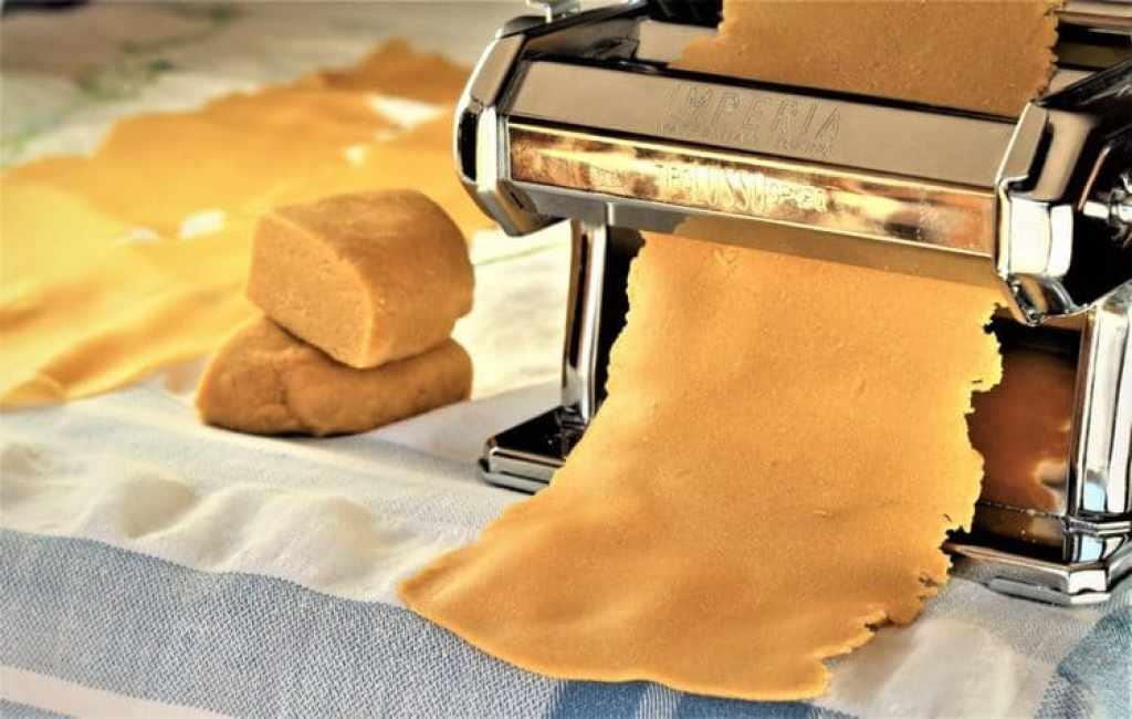 Chickpea Flour Tagliatelle with Garlic Paprika Sauce