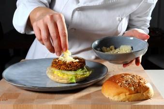 ricetta burger di quinoa