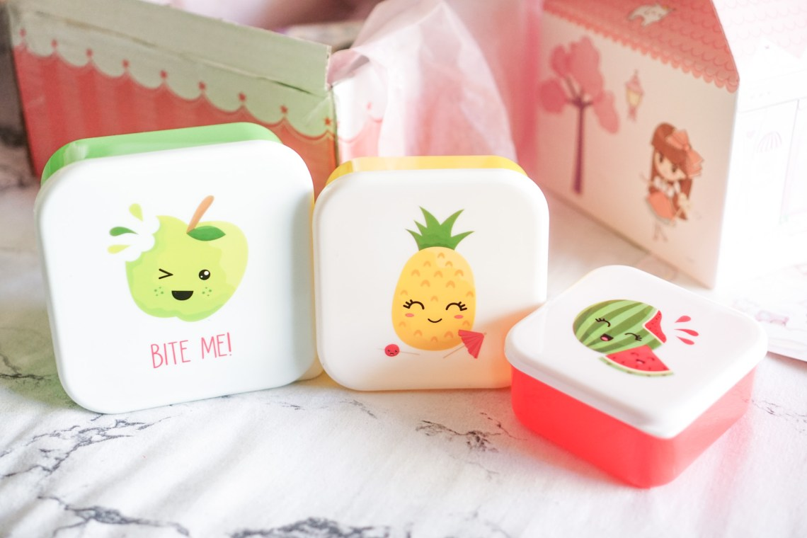 Cute tupperwares