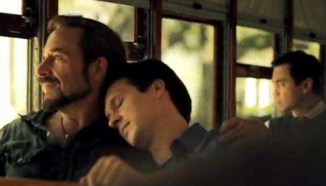 Estados Unidos hace campaña turistica incluyendo una pareja gay