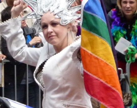 Cyndi Lauper habla sobre su lucha por los derechos LGBT
