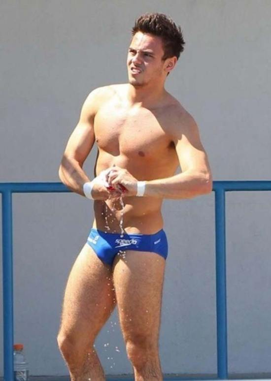 competition-swimwear-tom-daley