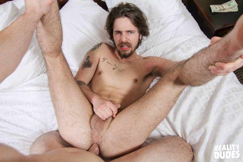 reality-dudes-str8-chaser-gauge-gay-porn-blog-image-43