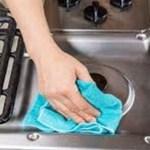 Truque de limpeza para eliminar facilmente a gordura do seu fogão