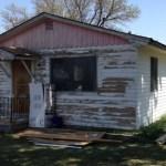 Neta transforma a mini casa da sua avó de mais de 30 anos na casa dos seus sonhos
