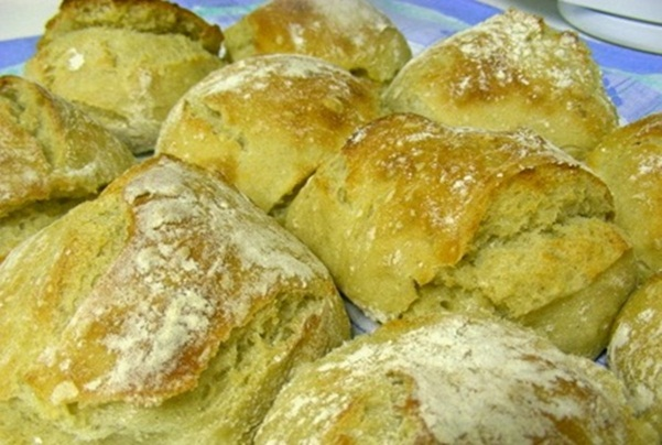 Pão do preguiçoso não é preciso amassar e é muito fácil fazer!