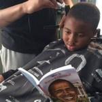 Barbearia dá desconto de corte de cabelo para as crianças que lerem em voz alta