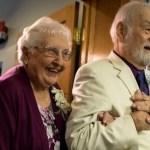 Depois de 63 anos, namorados no colégio se reencontram e se casam