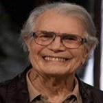 Tarcísio Meira, de 84 anos, com saúde debilitada, está apresentando peça e diz: ' O fim está chegando'