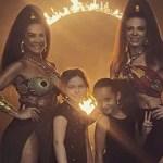 Sheila Mello e Scheila Carvalho aparecem juntas novamente e posam em foto com as filhas