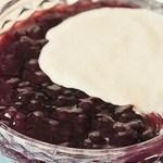 Aprenda a preparar um delicioso sagu de vinho com creme de baunilha