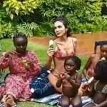 Bruna Marquezine recebe crianças refugiadas em sua residência