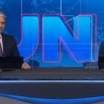 """Jornalista William Bonner encerra Jornal Nacional com notícia de invasão à emissora: """"O Homem estava perturbado"""""""