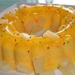 Pudim de gelatina de abacaxi