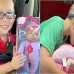 """Menino pede à mãe uma boneca de presente para """"aprender a ser bom pai"""""""
