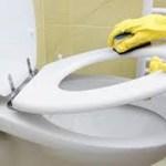Aprenda a clarear as manchas da tampa do vaso sanitário e deixe-a como nova
