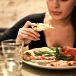 Se o seu objetivo é perder barriga, evite estes 5 alimentos