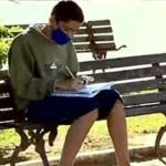 Menino de 13 anos usa wifi de açougue para estudar durante a pandemia