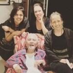 Ator Paulo José aparece em foto rara com as filhas