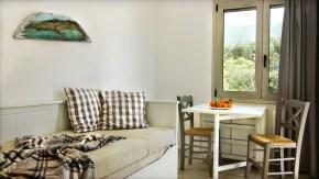 Καναπές που γίνεται διπλό κρεβάτι σε κάθε σαλόνι