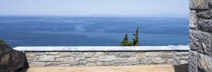 Selini-suite-balcony-sea-view