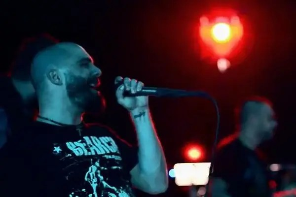Killswitch Engage 新作『Disarm the Descent』で初代ボーカルのジェシー・リーチが復活