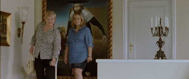 Anne Marit Jacobsen og Henriette Steenstrup i «Som du ser meg» (2012)
