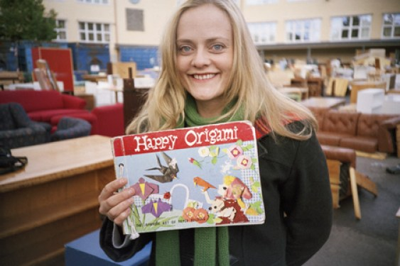Henriette Steenstrup i «Thomas Hylland Eriksen og historien om origamijenta» (2005)