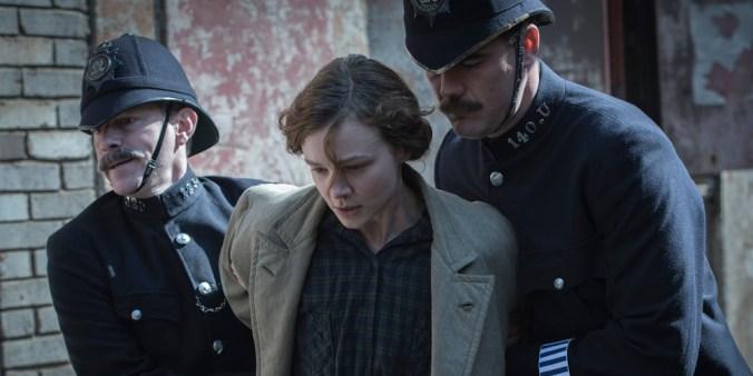 Maud (Carey Mulligan) blir arrestert. Foto: Filmweb
